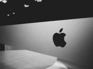 Apple & UWB